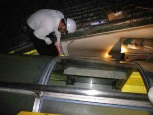 大型屋根ガラスの工事